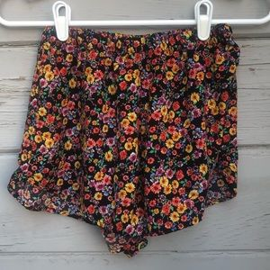 Ambiance Apparel floral short medium